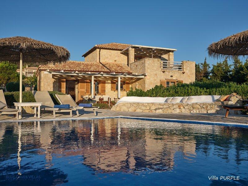 Villa Purple - Blue Caves Villas, holiday rental in Agios Nikolaos