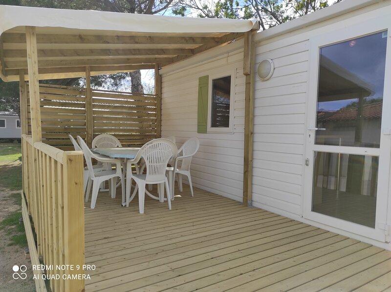MOBIL  HOME  6 PERS TOUT CONFORT, casa vacanza a Port La Nouvelle