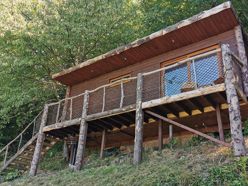st bernards lodge, holiday rental in Axton