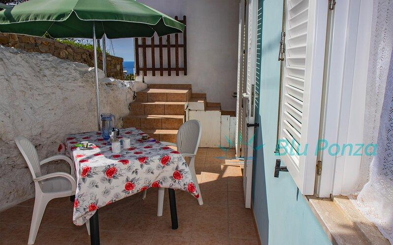 BluPonza - 808349 - Appartamento Besame, aluguéis de temporada em Le Forna