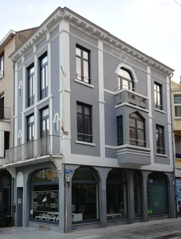 Renovated town house from 1880, in the center of the city of Blankenberge.