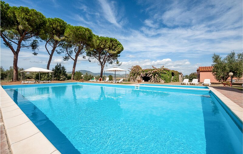 Awesome home in Casalappi with Outdoor swimming pool, WiFi and 2 Bedrooms (ITK56, holiday rental in Campiglia Marittima
