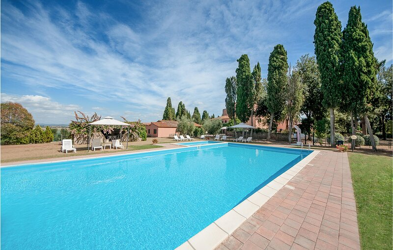 Awesome home in Casalappi with Outdoor swimming pool, WiFi and 2 Bedrooms (ITK56, casa vacanza a Vignale