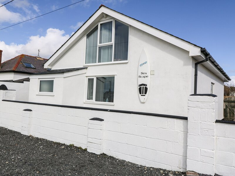 Sea Scape, Dinas Dinlle, vacation rental in Groeslon