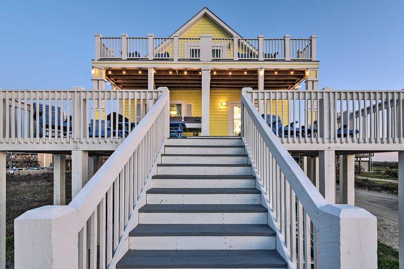 Home Exterior   Multi-Level Deck   Crystal Beach Views + Access