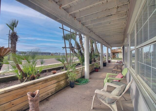 Pet Friendly Property! Just Minutes From The Beach!, alquiler de vacaciones en Port Aransas
