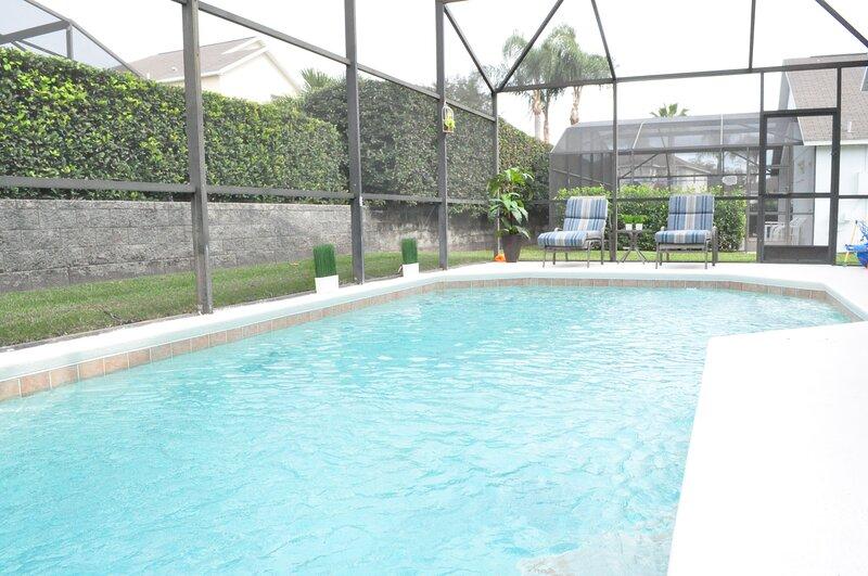 ♥ Elegant ⭐⭐⭐⭐⭐ w/Pool °o° Disney Area No Carpet, casa vacanza a Intercession City