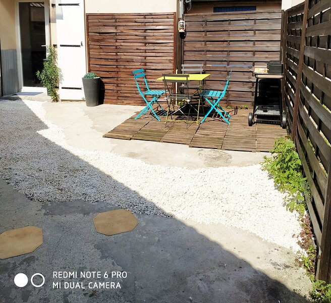 Maison Montfermeilloise entre Paris et Disneyland, holiday rental in Chelles