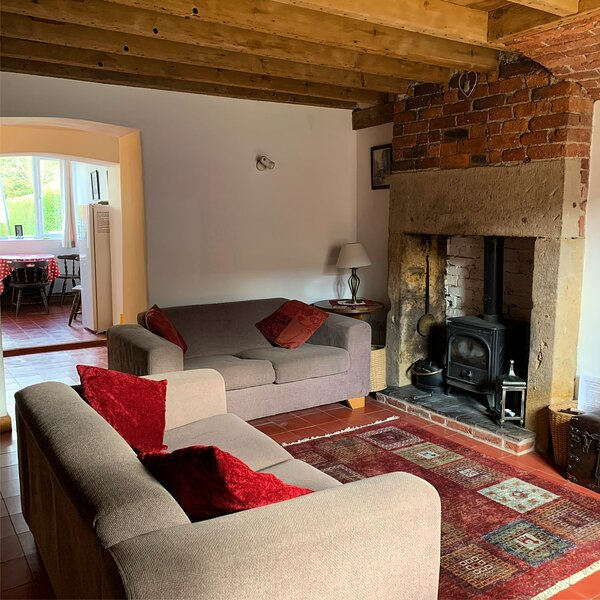 Grade 2 listed mill cottage, vacation rental in Quarndon