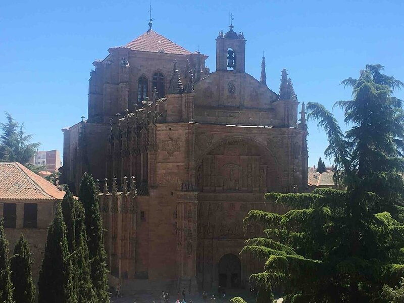 Nice apartment in Salamanca & Wifi, holiday rental in Valdemierque