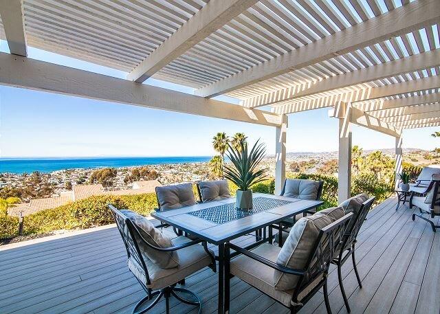 Panoramic Ocean Views | Upscale Corner Townhome | 15-Minute Walk to Beach, location de vacances à San Onofre