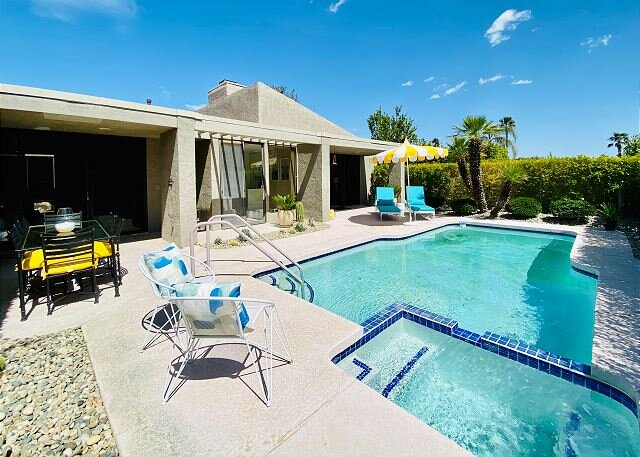 All-Suite Indoor/Outdoor Paradise | Private Pool & Hot Tub | Sundance Villas, casa vacanza a North Palm Springs