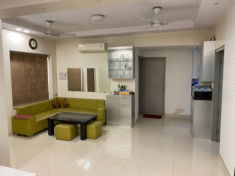 Modern&Cozy Apartment  Private entrance  Furnished, vacation rental in Janakpuri