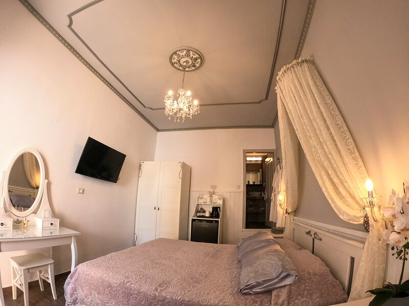 Marika's Deluxe Rooms - Room 5, holiday rental in Ano Symi