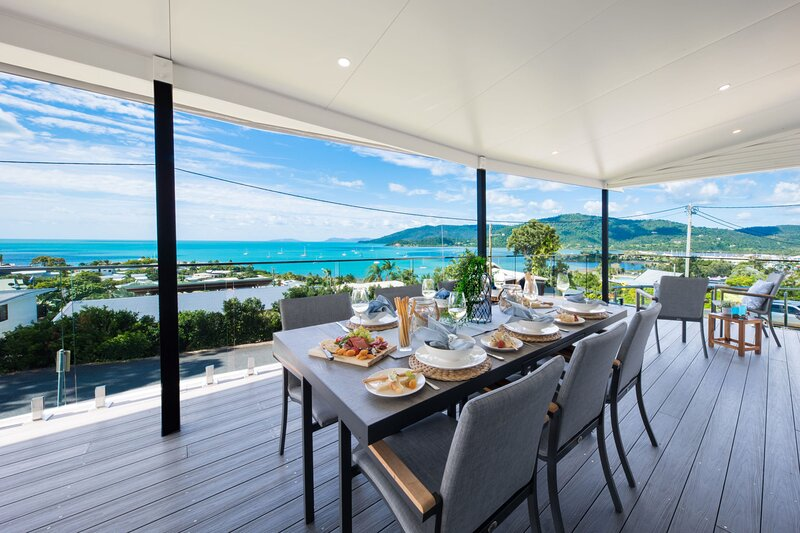 Airlie Blue On Blue - Airlie Beach, QLD, holiday rental in Airlie Beach