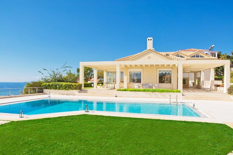 Athens Luxury Villa Onar - Magnificent Sea View, holiday rental in Anavyssos