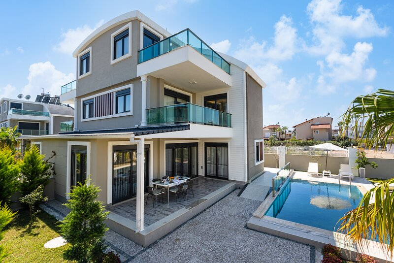 Holiday Villa - Belek near Golf Course, holiday rental in Kadriye