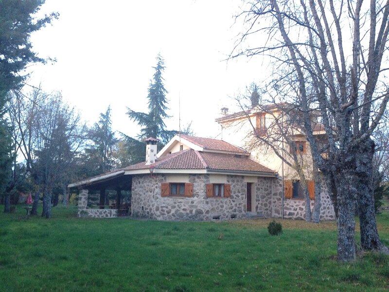 Casa Rural ITOS, escondite con encanto, holiday rental in Aguilafuente