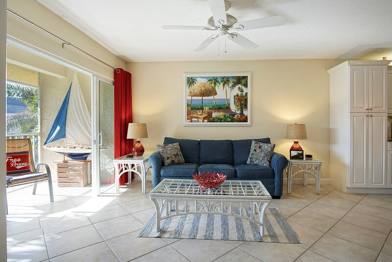 OV 625 Pond/Bridge View Condo-Welcome to Paradise, holiday rental in Hutchinson Beach