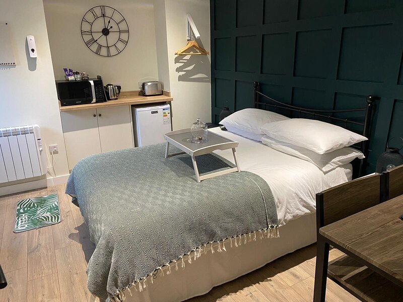 Lower Greenbank Guest Suite, holiday rental in Lochdon