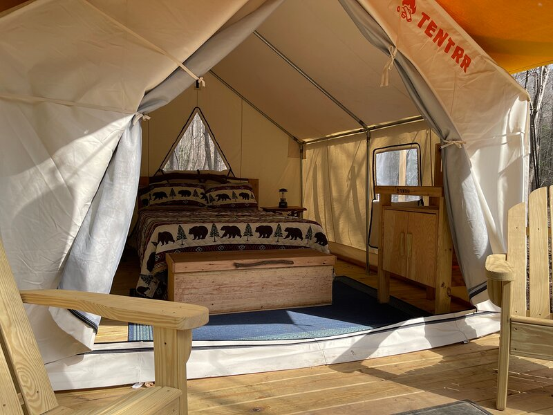 Tentrr Signature Site - 6 Ponds Farm Glamping, holiday rental in Culberson