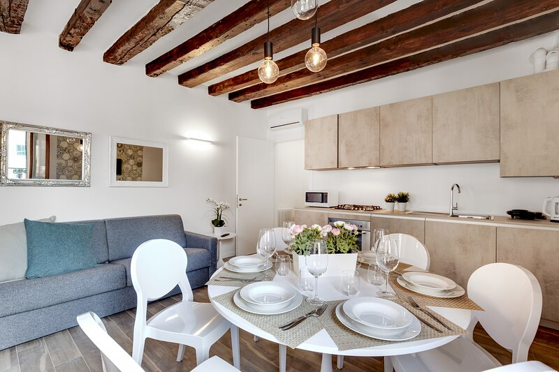 LAGUNA LUXURY 1 - BH, holiday rental in Lido di Venezia