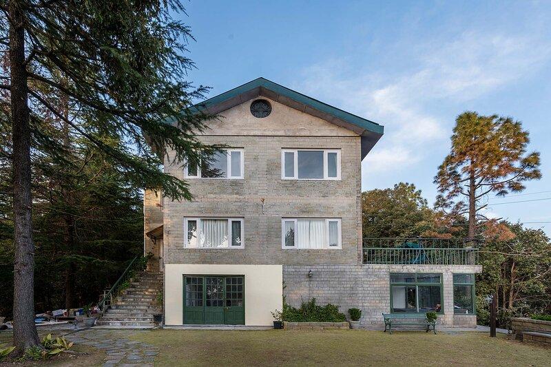 Woodrose Estate by Vista Rooms, alquiler vacacional en Shimla District
