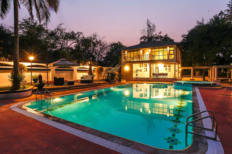 Ananta by Vista Rooms, holiday rental in Harohalli