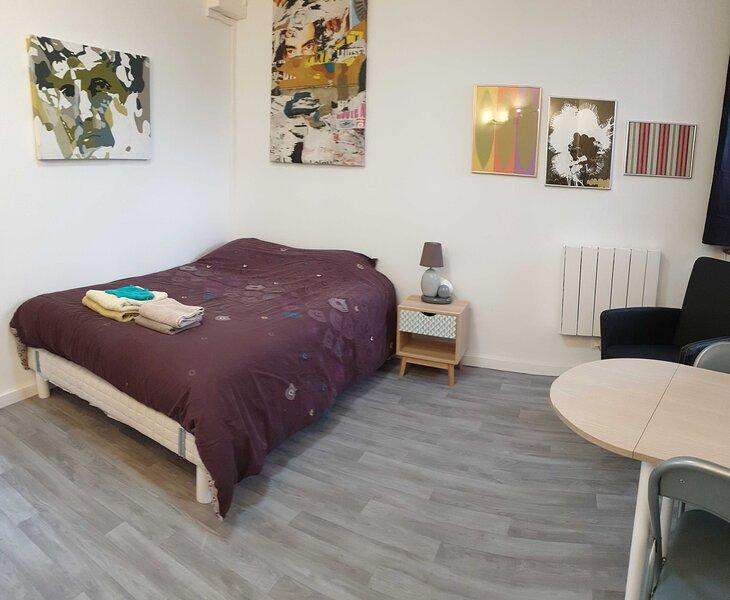 Chambre avec kitchenette 2, alquiler vacacional en Caudry