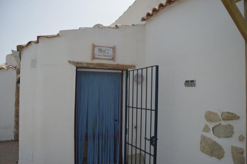 CasaEdiNah/Casa Nadieh aangepast voor mindervalide, location de vacances à Castillejar