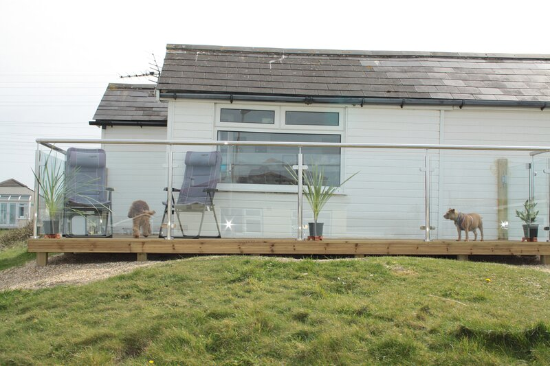 Wee Cott 3 bedroom holiday chalet in west Cornwall- New Pictures,Elec. included., alquiler vacacional en Hayle
