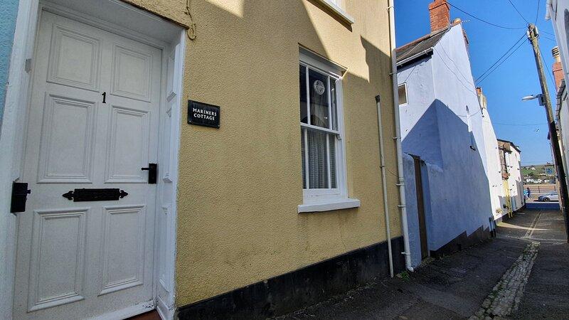 Mariners Cottage - cosy retreat in heart of Appledore, aluguéis de temporada em Appledore