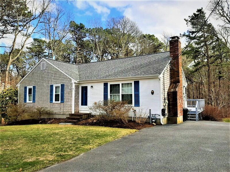 NEW OFFERING 2021! PRIME WEEKS AVAILABLE! 148800, holiday rental in West Yarmouth