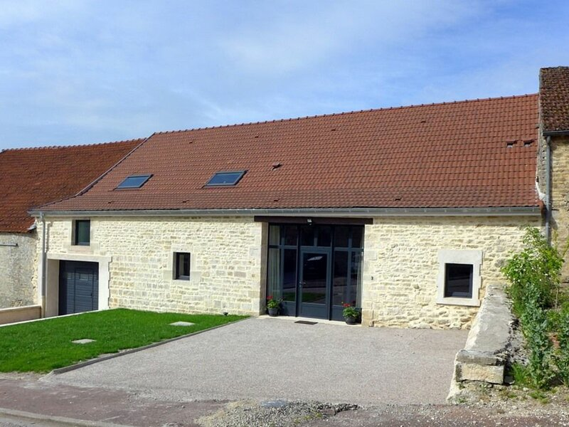 LES JONQUILLES, holiday rental in Lafauche