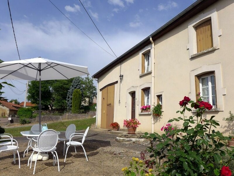 MAISON ROSALICE, holiday rental in Neufchateau