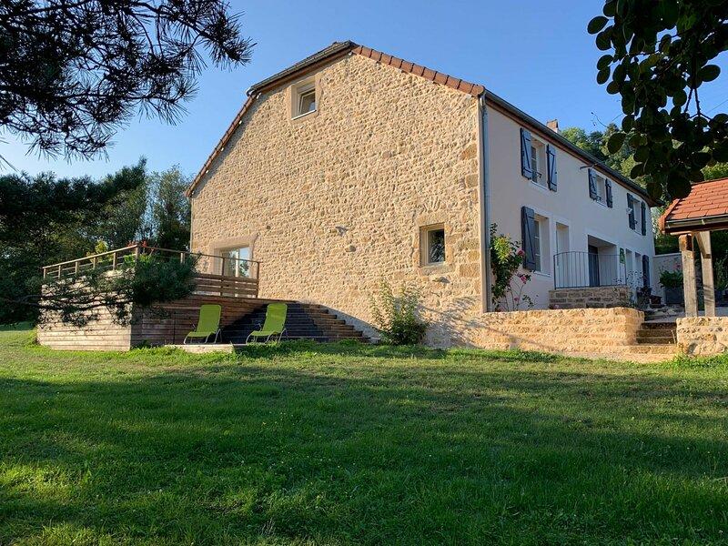 Gîte et Jaccuzzi d'été, holiday rental in Membrey