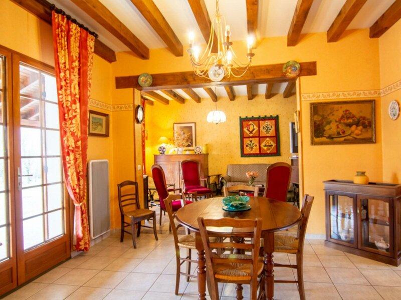 Auberoche Nord, vacation rental in Saint-Antoine-d'Auberoche