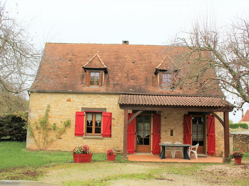 La Traverse, holiday rental in Saint-Martial-de-Nabirat