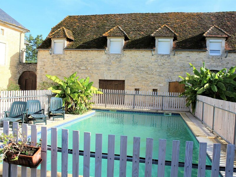 Les Monts, holiday rental in Brouchaud