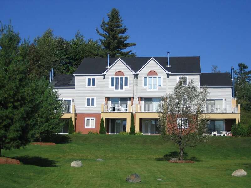 Chalet-Condo Club Azur - Welcome!, holiday rental in Magog