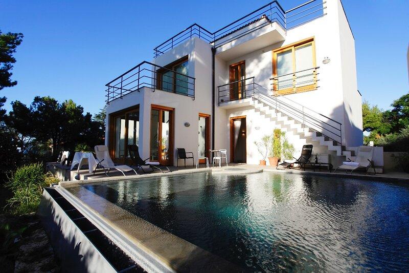 Villa Penelope, holiday rental in Torre Colonna-Sperone