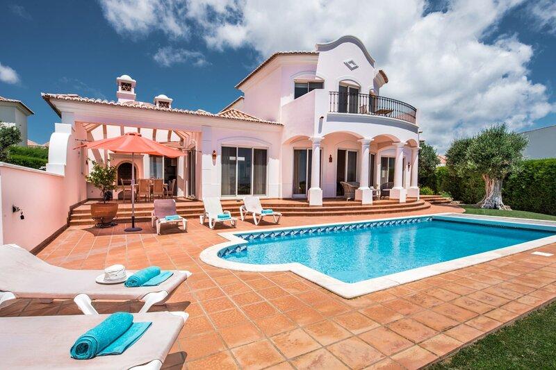 Casa Gribouille - Only 5min to Martinhal beach, location de vacances à Sagres