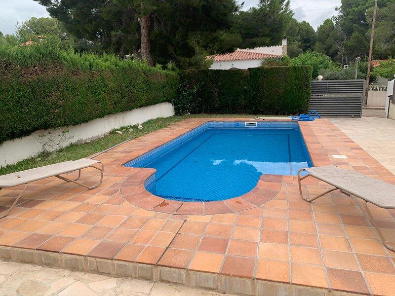 VILLA MONTAGUT, holiday rental in Miravet