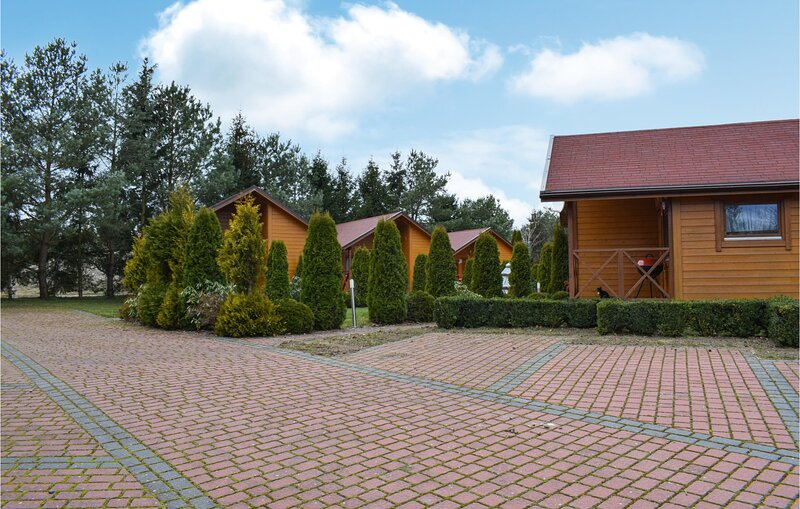 Nice home in Jaroslawiec with 2 Bedrooms (PPO776), vacation rental in Lacko