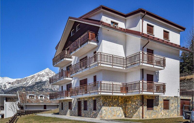 Casa Maria Grazia (IPM170), casa vacanza a Oulx