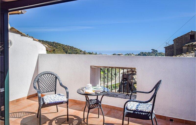 Nice home in Badolato with 1 Bedrooms (IKK572), vakantiewoning in San Sostene