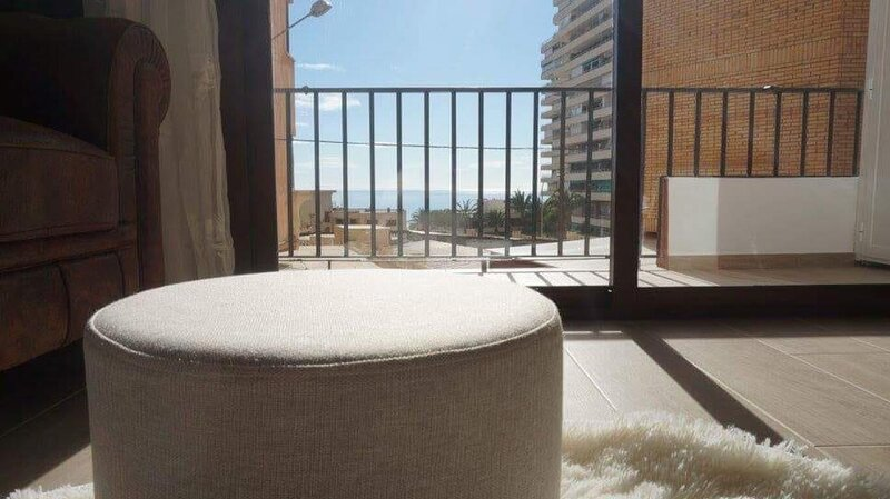 Captivating 2-Bed Apartment in Aguadulce, holiday rental in Aguadulce