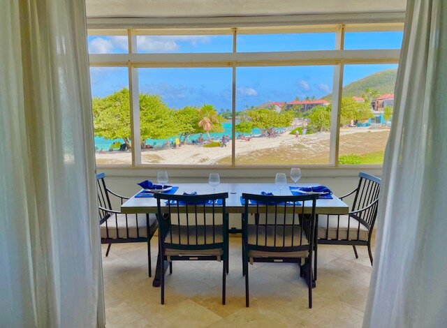 Crystal Cove Deluxe Suites on Sapphire Bay Beach, casa vacanza a St. Thomas