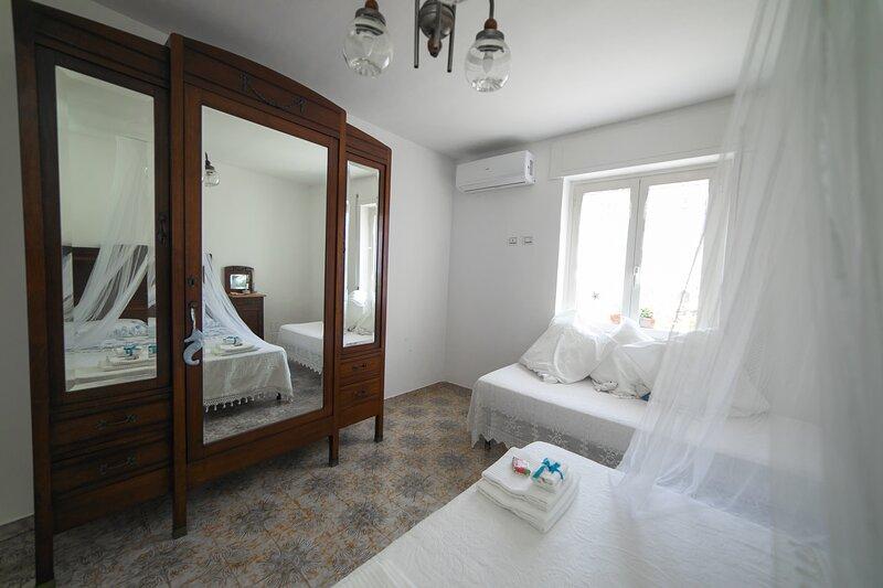 'Reginella al mare' - appartamento a Policastro Bussentino - 450m dal mare, location de vacances à Scario