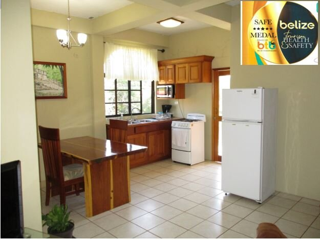 HomeHill Apartments/Vacation Rentals Apt. #3, holiday rental in Cayo